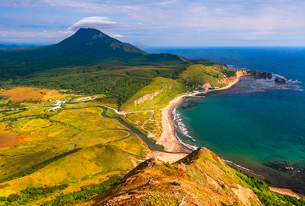 Остров Сахалин с высоты птичьего полета