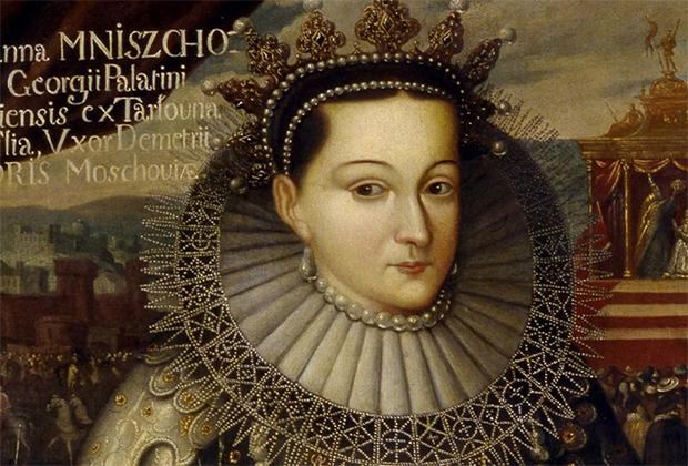 Дочь Сандомирского воеводы Юрия Мнишка Марина считалась одной из главных красавиц Польши. Отец обещал ее Григорию Отрепьеву, выдававшему себя за чудом спасшегося царевича Дмитрия, в обмен на деньги, бриллианты, Новгород и Псков.