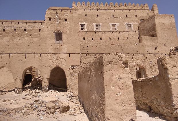 Форт Джалан бани Бу Али