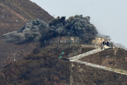Северная Корея принялась взрывать посты охраны на границе