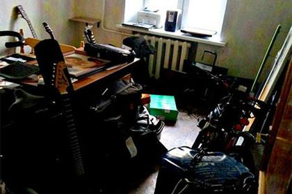 Ярославец обложился оружием и пару лет несъезжал сквартиры бывшей супруги