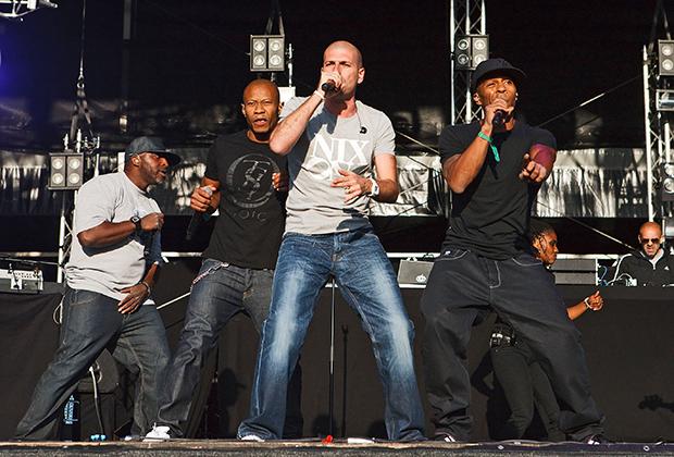 MC Solaar уже давно превратился в патриарха французского рэпа и позволяет себе любые эксперименты со стилем.