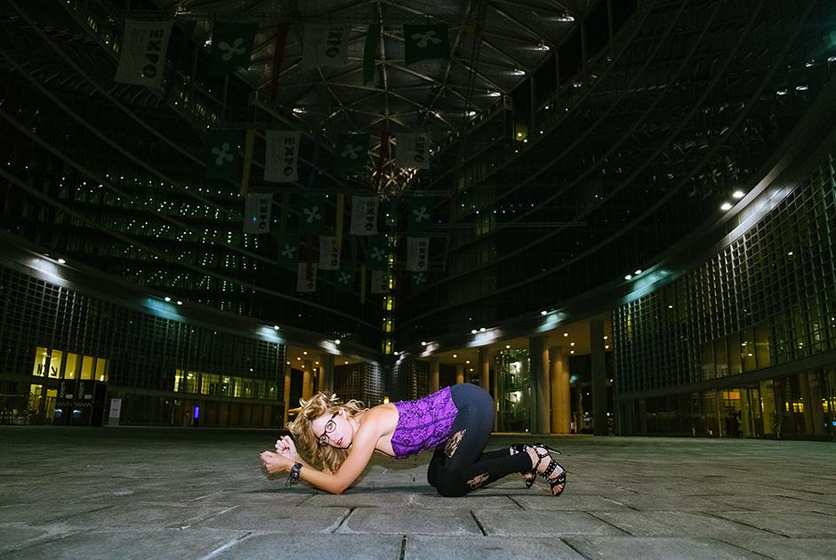 Алессандра, 31 год, Италия. <br> <br> «Это может быть какое-то открытое пространство в городе ночью».