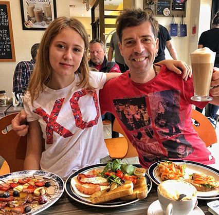Макс Покровский с дочерью Таисией