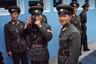 """Последним <a href=""""https://lenta.ru/articles/2017/11/25/kim_jong_goodbye/"""" target=""""_blank"""">прогремевшим</a> на весь мир инцидентом в ДМЗ стал прорыв северокорейского солдата О Чхон Сона через границу в 2017 году. Он совершил побег в Южную Корею через Объединенную зону безопасности. Военные ехали на джипе, а когда машина съехала на обочину, О Чхон Сон выскочил из нее и побежал в сторону границы. Сослуживцы открыли по нему огонь. Солдат получил огнестрельные ранения, потерял много крови, но в итоге выжил. <br><br> Год спустя перебежчик <a href=""""https://lenta.ru/news/2018/11/19/no_regret/"""" target=""""_blank"""">признался</a>, что о своем поступке не жалеет. О Чхон Сон рассказал, что понимает тех военных, которые в него стреляли: в противном случае им бы грозило серьезное наказание."""