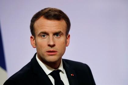 Макрон пристыдил устроивших дебош французов