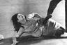 Детективная история об убийстве немолодой проститутки — «Костлявая смерть» 1962 года — стала дебютной работой режиссера. Бертолуччи снял этот фильм в 21 год. Сюжет основан на истории режиссера Пьера Паоло Пазолини, последователем которого выступал Бертолуччи.