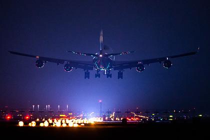 Пилот раскрыл правду о ночной посадке самолетов
