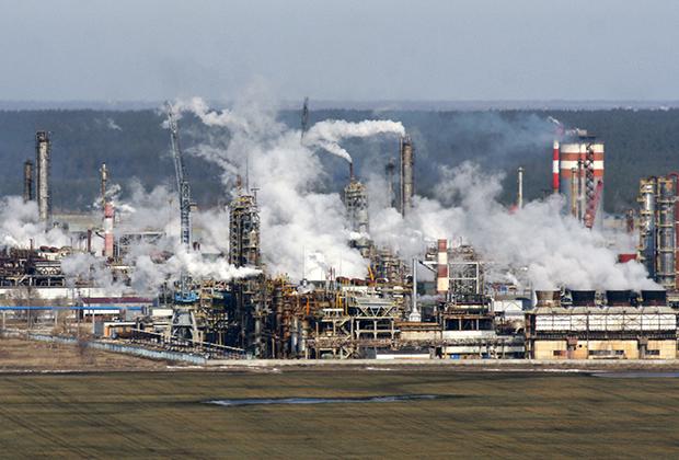 ОАО «Тольяттиазот» (ТОАЗ) — российская химическая компания, крупнейший в мире производитель аммиака