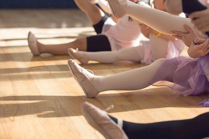 У девочки отнялись ноги после урока танцев