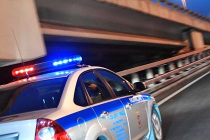 Из московского автомобиля украли 40 миллионов рублей