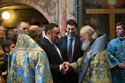 Тверских депутатов свозили на литургию в Москву на отдельной электричке
