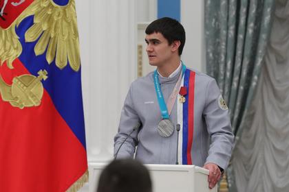 Россиянин победил оскорблявшего российский спорт латвийца на его трассе