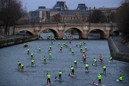 Французы разочаровались в «желтых жилетах» и поддержали Макрона