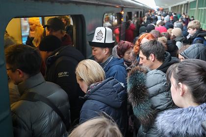 В глобальном сбое подземки обвинили москвичей