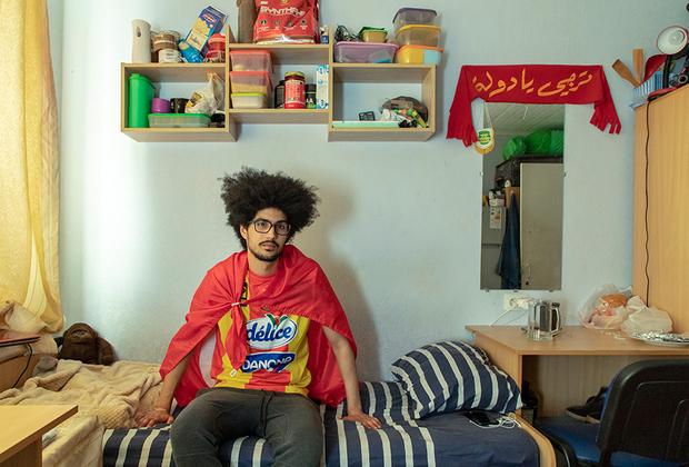 Мухамед Арфа из Туниса: <br><br> «Я приехал в Тамбов, потому что у меня не было выбора. Я просто хочу получить здесь диплом, но продолжать образование я планирую в европейской стране. В Тамбове очень трудно интегрироваться и завязать дружеские отношения».