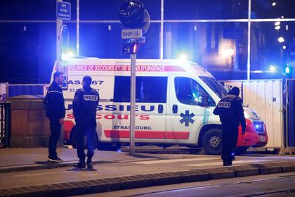 Неизвестный расстрелял прохожих из автомата в центре Страсбурга