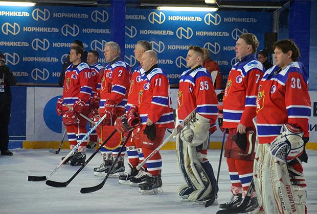 Команда ветеранов хоккейного клуба ЦСКА