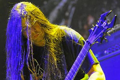 Гитарист Cannibal Corpse прыгнул насоседку инапал сножом наполицейского