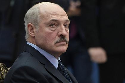 Лукашенко пожаловался Путину на украинских «отмороженных нацменов»
