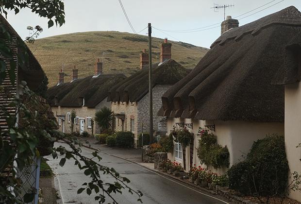 Домики с соломенной крышей в городе West Lulworth