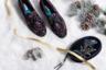 Классическая модель-бестселлер бренда, носящее имя одной из самых живописных миланских улиц, в предпраздничном сезоне предлагается в варианте с яркой вышивкой.