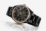 Корпус и браслет новых часов выполнен из фирменной высокотехнологичной керамики Rado и украшен по безелю 64 бриллиантами. За работой механизма можно наблюдать сквозь полупрозрачный циферблат.