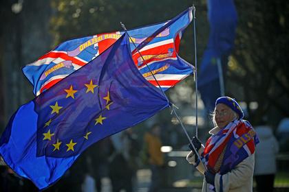 В Британии ополчились на мигрантов из Европы