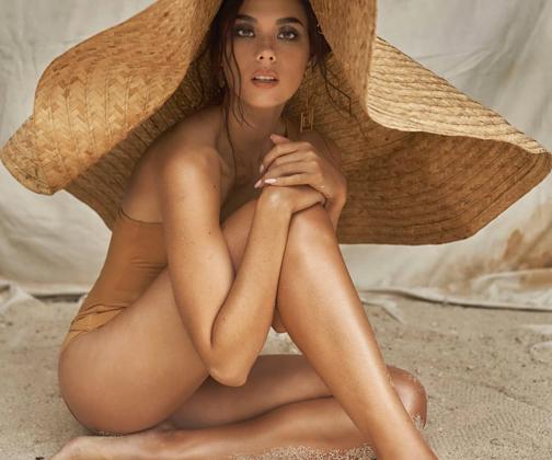 Катриона Грэй не в первый раз участвует в конкурсе красоты мирового масштаба. В 2016 году она представляла Филиппины на «Мисс мира» и вошла в пятерку лидеров.