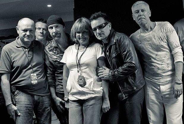 С группой U2 Надежду Соловьеву связывают уже три десятка лет дружбы