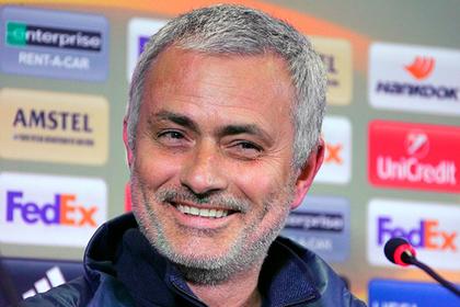 Увольнение из «Манчестер Юнайтед» обогатит Моуринью на миллионы