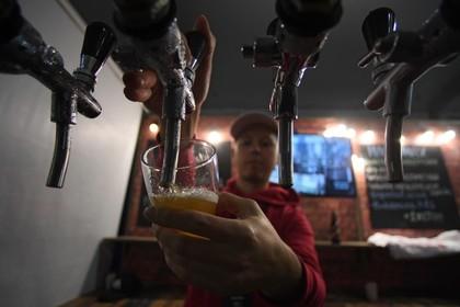 Государственная дума поддержала законодательный проект оботмене запрета нарекламу пива