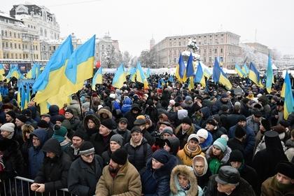 Спасение украинцев от вымирания возложили на бывших президентов