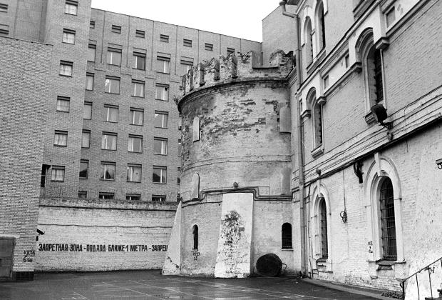 Здание Бутырской тюрьмы. 1993 год