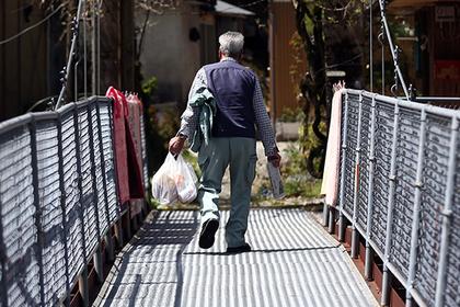 Японец целый год жил с мертвой женой