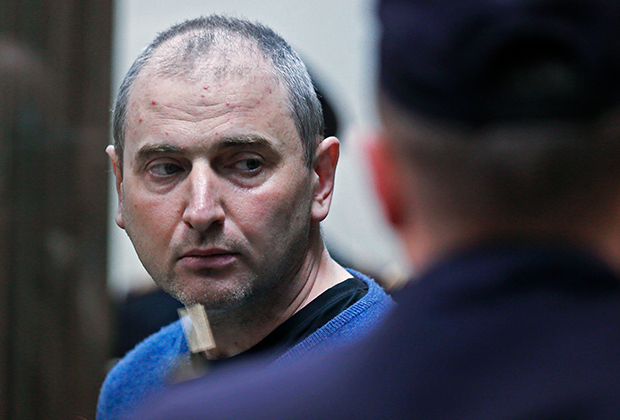 Лидер хакерской группы «Шалтай-Болтай» Владимир Аникеев, обвиняемый в незаконном доступе к компьютерной информации, во время оглашения приговора в Московском городском суде