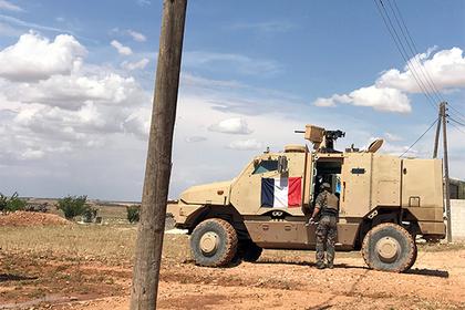 Франция решила остаться в Сирии
