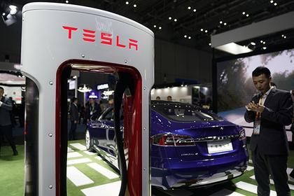 В Tesla появилась функция «пуков по запросу»
