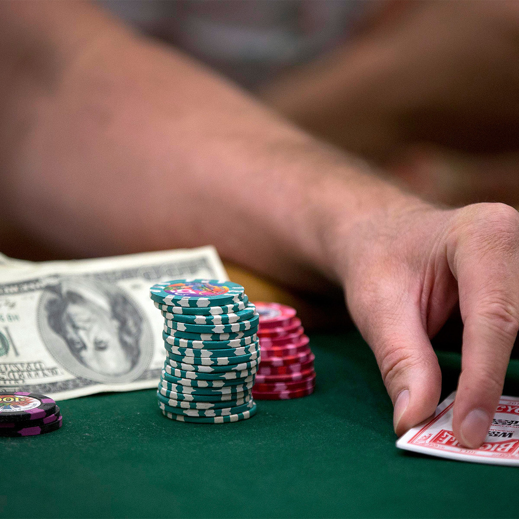 Картежники в казино видеочат рулетка с русскими девушками онлайн бесплатно