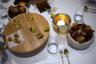 Недалеко от города находится деревня Нюэнен, в которой Ван Гог провел два своих самых плодотворных года. Там же находится Restaurant de Lindehof, имеющий две мишленовские звезды.