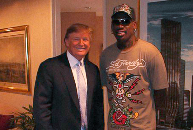 Деннис Родман и Дональд Трамп в 2009 году