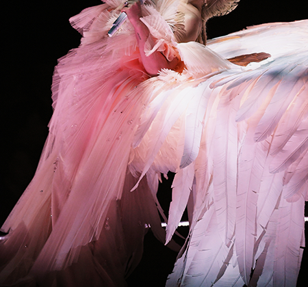 Выступление певицы Леди Гага на 60-й ежегодной премии «Грэмми» в Мэдисон-сквер-гарден 28 января 2018 года.