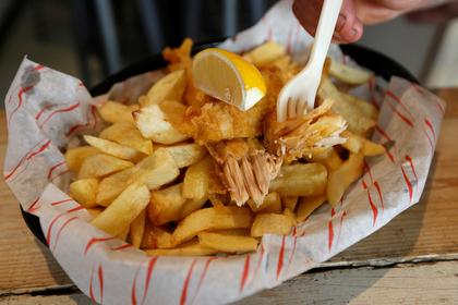 В Великобритании предложили законодательно ограничить число калорий в блюдах