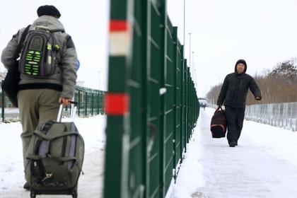 Украина продлила запрет на въезд для российских мужчин