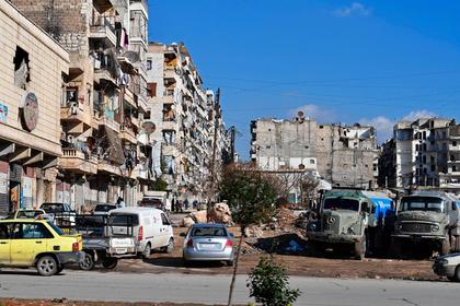 Российские солдаты в Сирии вырядились Дедами Морозами