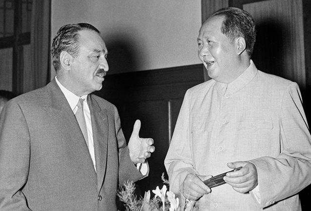 Анастас Микоян и Мао Цзэдун