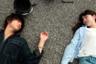 Рюсукэ Хамагути пока не входит в число самых раскрученных японских режиссеров  — но судя по всему это временно: его пятичасовая драма «Счастливые часы» осмеливалась сводить сцены из относительно типичных семейных жизней в эпическое, даже героическое по размаху полотно, возвеличивая тем самым простое человеческое бытие. Второй фильм Хамагути не только значительно короче, но и на людей предпочитает смотреть уже с некоторым заразительным скепсисом. Как, казалось бы, такое возможно: юная японка Асако влюбляется в панка-сердцееда (и он, конечно, скоро исчезнет) — а годы спустя, в другом городе, натолкнется на его точную копию, правда с нравом и нарядом типичного клерка. Первый шок пройдет — и Асако сойдется уже с двойником бывшего и проживет с ним вполне счастливые пять лет. А потом Хамагути вернет на ее порог первого любовника-доппельгангера — тем самым провоцируя не только уход мелодрамы в зону абсурда, но и некоторые выводы о том, как несерьезны, вредны и смехотворны часто бывают человеческие игры с чувствами других.