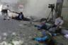 Кабул, Афганистан, 30 апреля 2018 года. Террорист-смертник подорвал взрывчатку, пока журналисты освещали взрыв у центра регистрации избирателей, произошедший незадолго до этого.  <br> <br> Фотограф Reuters Омар Собхани вспоминает: «Было около 8:30 утра, место первого взрыва охраняли силовики, на работу собралось довольно много людей, и мы просто ждали вместе с другими журналистами. Затем мы услышали громкий взрыв прямо позади. Я выжил, потому что стоял перед бетонной колонной, которая защищала меня от силы взрыва, но я видел своих друзей и коллег на земле, многие из них были мертвы, а несколько ранены». Среди погибших был глава штаба фотографов агентства AFP в Афганистане. <br> <br> Собхани ранило, но прежде, чем пойти за помощью, он сделал несколько снимков, в том числе этот. «Я был в шоке, но я видел, что ничего нельзя было сделать, и я сделал несколько снимков непосредственно перед уходом», — объясняет фотограф. <br> <br> Собхани тяжело перенес произошедшее: «Это нелегкая работа. Вы постоянно видите войну и насилие, но важно донести это до людей. Я был очень шокирован — среди погибших были мои коллеги, а один из них был очень хорошим другом».