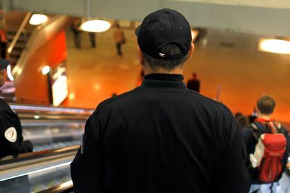 Полицейский принес бомбу на вокзал и попался