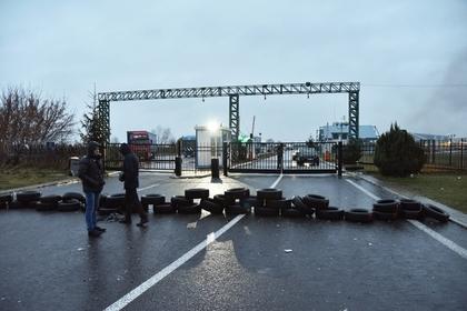 Украинские пограничники опровергли снятие запрета на въезд в страну россиянам